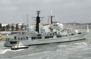 HMS Gloucester returns to her Portsmouth home for the last time