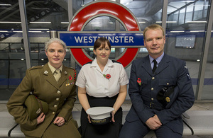 Service personnel on the platform