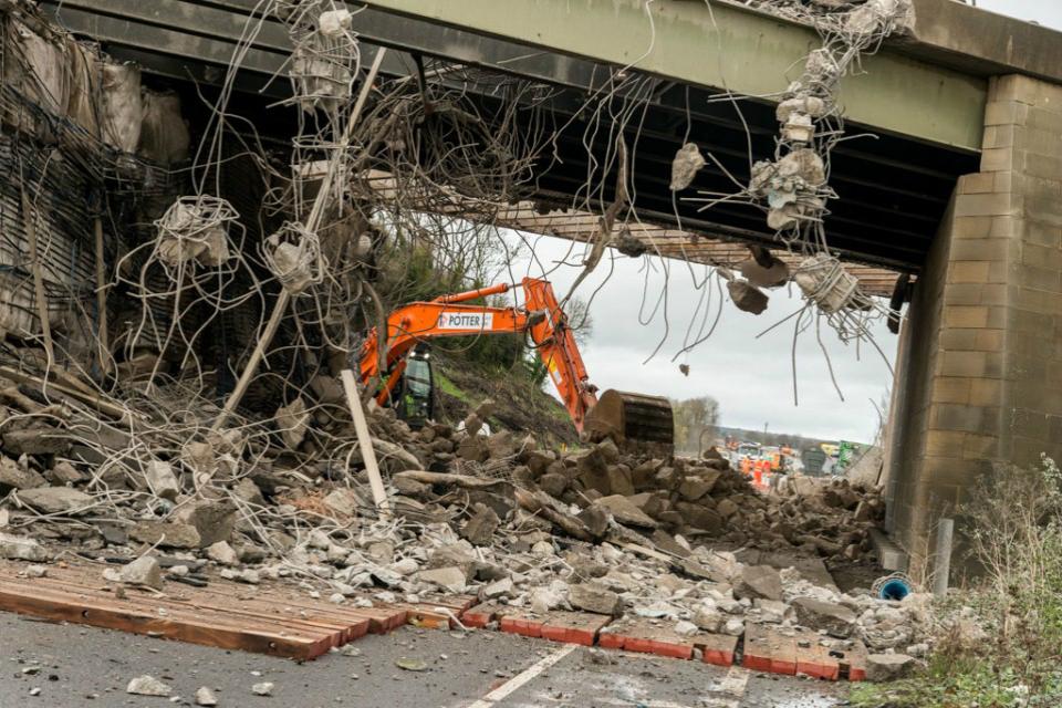 Footbridge demolition