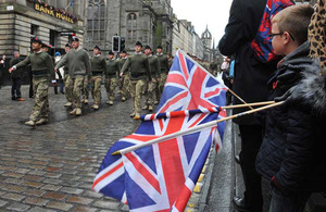 Soldiers parade through Edinburgh