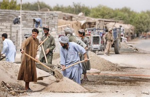 Local Afghans construct new buildings