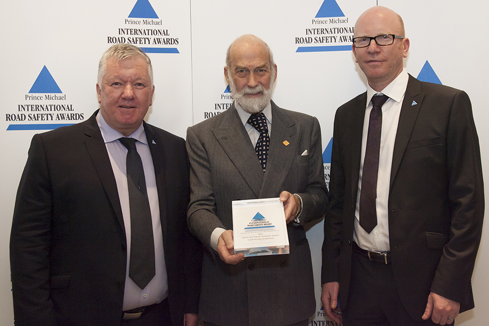 Mark Horton and Ronald Arnott from DVSA Traffic Enforcement Policy Team were presented with the award on 8 December 2015.