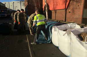 Creating temporary flood defence on the River Aire in Leeds