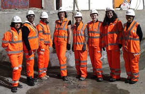 Rail Minister Claire Perry MP meeting women working on Crossrail during November 2015.