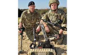 Petty Officer (Diver) Gareth Buffrey and Leading Seaman (Diver) Simon Day