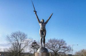 La Delivrance sculpture by Emile Guillaume, Barnet, London © Chris Redgrave