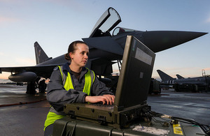SAC (Technician) Polly McKinlay RAF Crown Copyright
