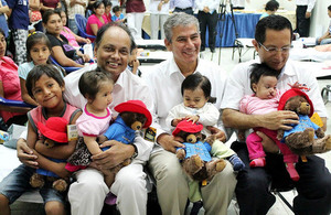British Ambassador and representatives of Operation Smile visited children with cleft lips before their surgery in Piura.