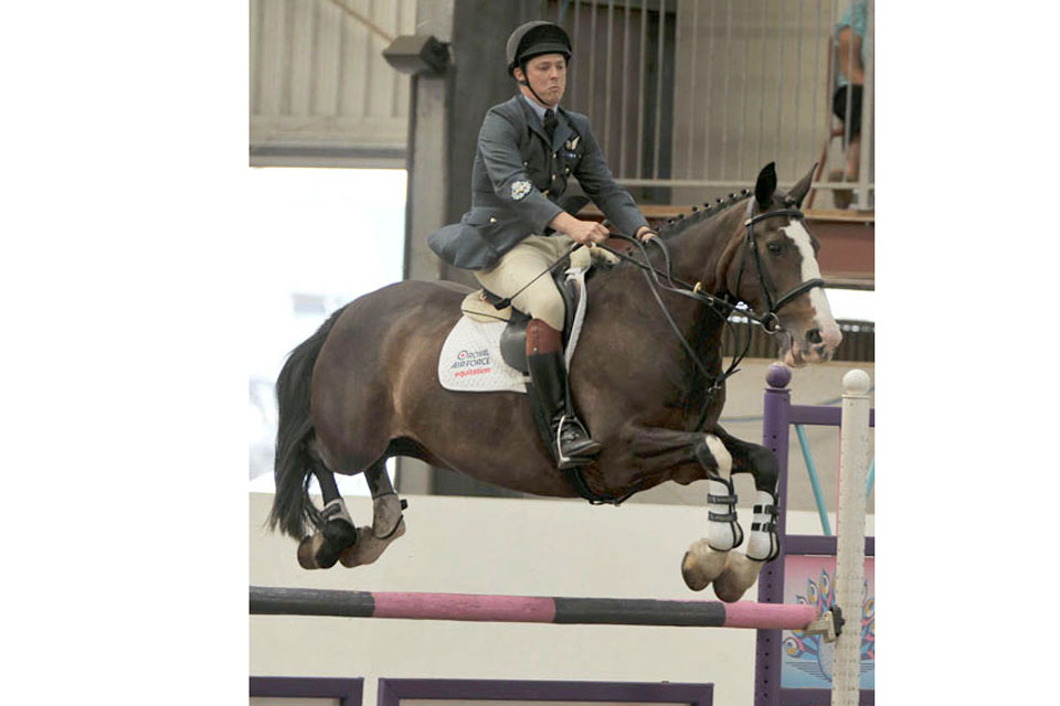 Master Aircrewman Simon Allen, riding Falconwood Dollar, competing for the Loriners Trophy
