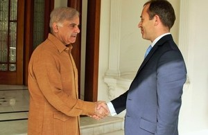 British High Commissioner, Mr. Thomas Drew CMG, with Chief Minister of Punjab, Mian Shehbaz Sharif.