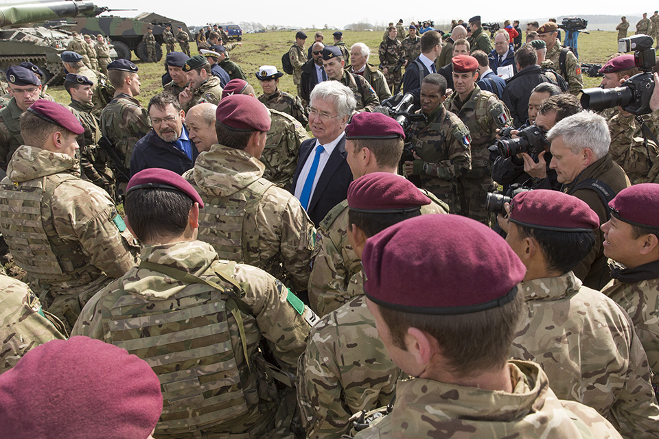 Michael Fallon and Jean-Yves Le Drian meet with personnel on Exercise Griffin Strike. Crown Copyright.