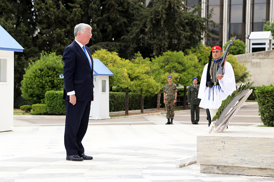 Defence Secretary Michael Fallon laying a wreath as part of the 75th Anniversary commemorations for the Battle of Crete. Greek MOD Copyright.