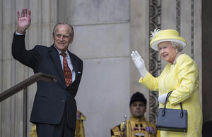 The Queen and The Duke of Edinburgh arrive at St Paul's Cathedral