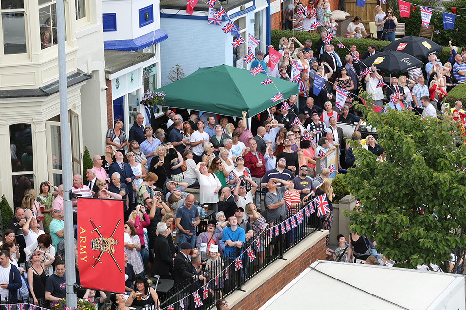 Cleethorpes Crowds watch the RAF Falcons in wonder