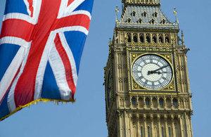 Referendum bezprostredne neovplyvnilo práva a postavenie občanov EÚ v Británii a britských občanov žijúcich v EÚ.