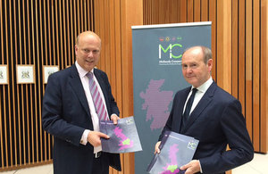 Secretary of State Chris Grayling and Midlands Connect Chair Sir John Peace at launch of the 'picking up the pace' report.