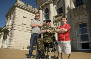 Rifleman Linden Woodford, Major Peter Norton, and Private Josh Campbell
