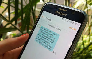 Notify message showing on the screen of a mobile phone