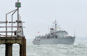HMS Ledbury returns to Portsmouth