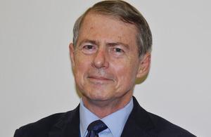 Mr Ian Hughes