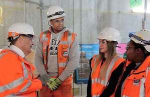 John Hayes MP visits Crossrail Liverpool Street site and meets apprentices.