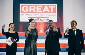 Toast for UK and Philippines diplomatic ties