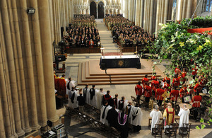 The congregation remembers the sacrifices made by the brave men and women of 4th Mechanized Brigade beneath the soaring stone arches of York Minster's Gothic nave [Picture: Chris Barker, Crown Copyright/MOD 2010]