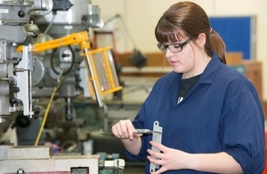Bethan, Dst mechanical engineering apprenticeship programme graduate
