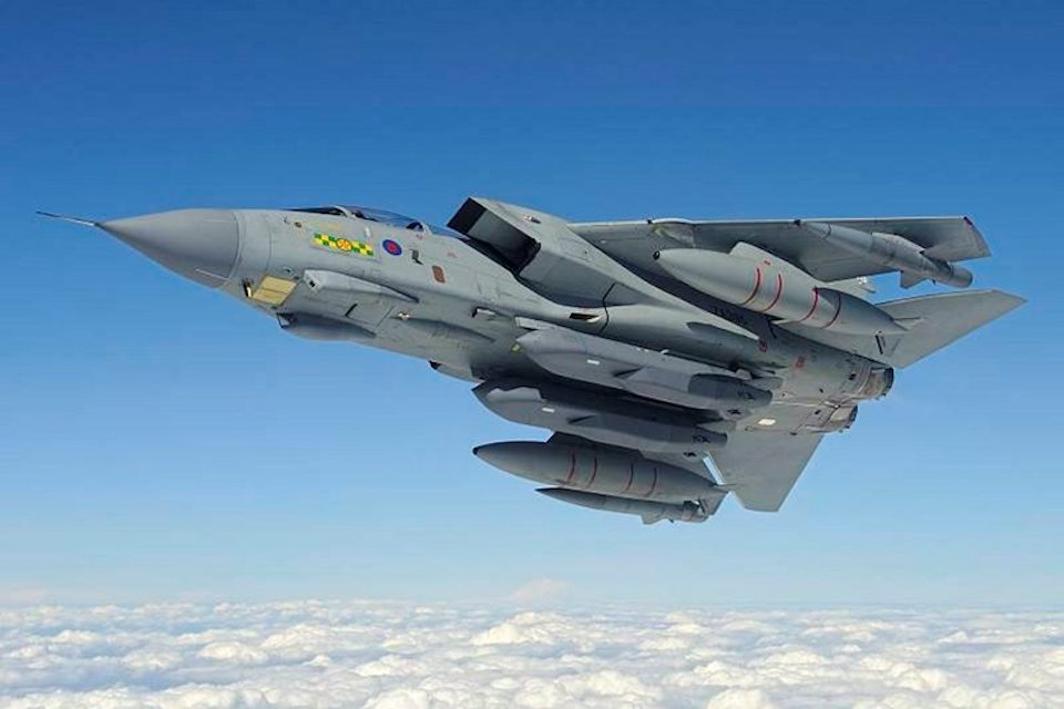 Mod Signs 163 146 Million Contract To Upgrade Raf S Long