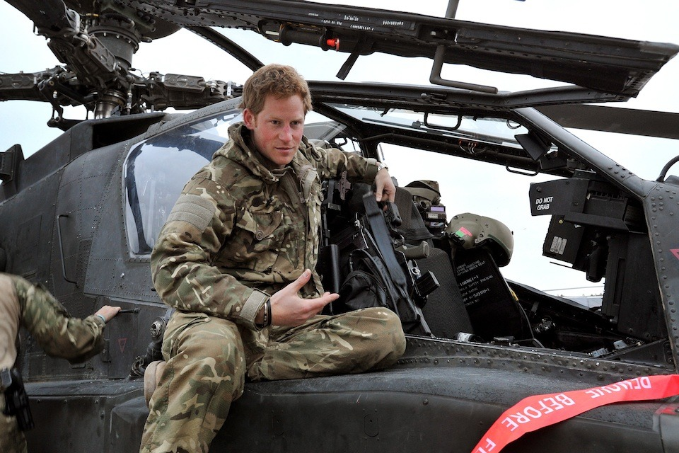 prince harry completes tour of duty in afghanistan gov uk prince harry completes tour of duty in