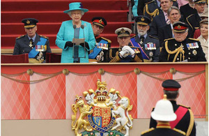 Her Majesty The Queen delivers a speech during the Armed Forces Diamond Jubilee Parade and Muster [Picture: Corporal Lynny Cash, Crown Copyright/MOD 2012]
