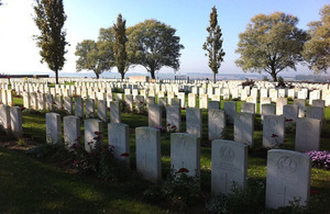 Messines Ridge Cemetery - Photo: G. Matheson