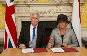 Defence Secretary agrees stronger partnership with Netherlands. Crown Copyright.