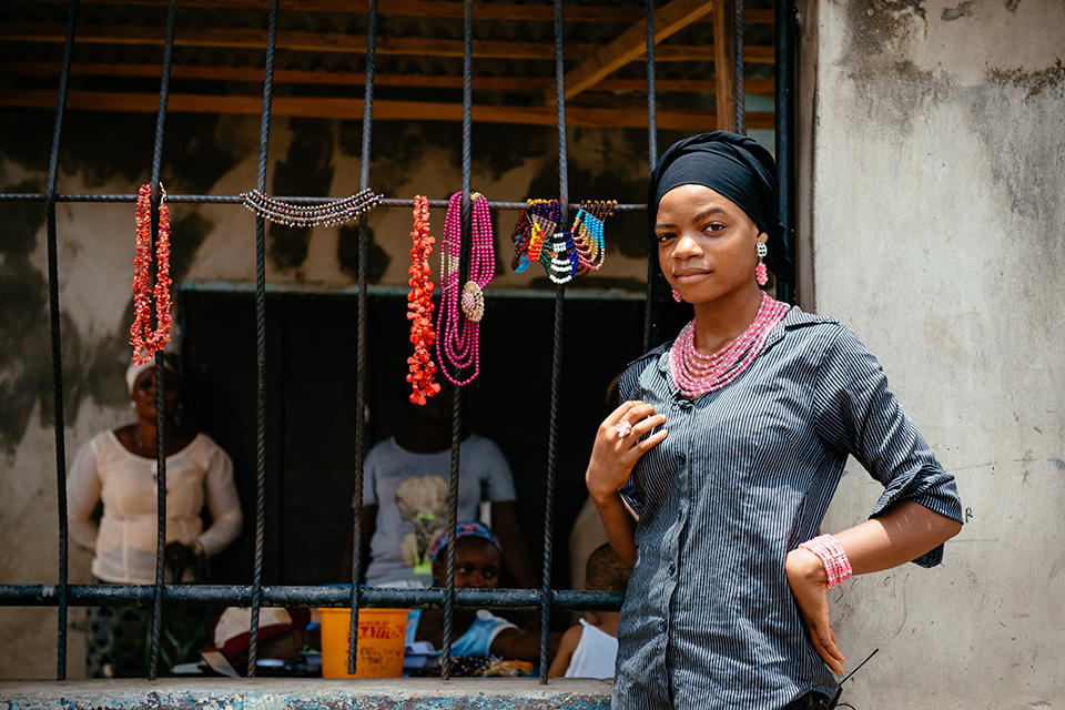 Rashidat, 18, an entrepreneur in Nigeria, who's been helped to start a jewellery business through a Mercy Corps programme supported by UK aid. Picture: Mercy Corps/C Robbins