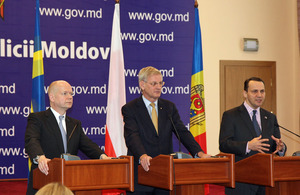 Foreign Secretary William Hague with the Foreign Ministers of Poland and Sweden, Radoslaw Sikorski and Carl Bild