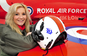 Blue Peter presenter Helen Skelton with a Red Arrow Hawk T1A aircraft [Picture: Senior Aircraftman Rob Travis, Crown copyright]