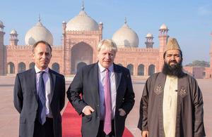 Foreign Secretary Boris Johnson at Badshahi Mosque during his visit to Pakistan