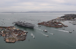 Defence Secretary Sir Michael Fallon has welcomed the appointment of Vice Admiral Sir Simon Lister as Managing Director of the Aircraft Carrier Alliance.