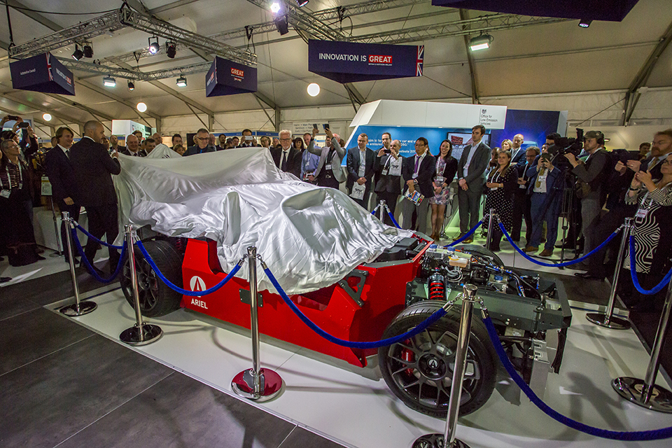 HIPERCAR prototype is unveiled at LCV2017
