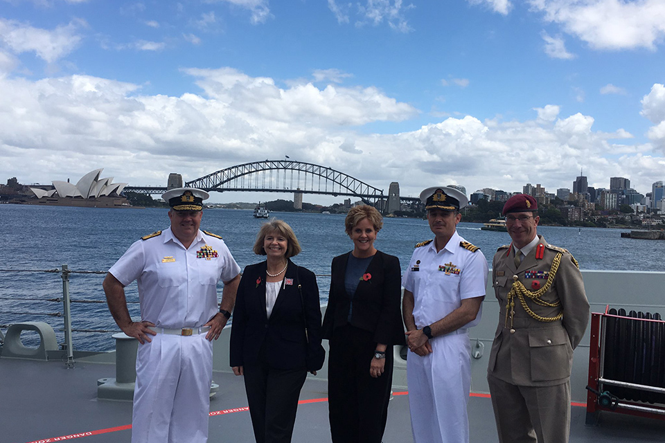 Minister Baldwin touring Australian Navy Fleet Command facilities in Sydney.