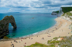 Lulworth Cove in Dorset (Photo credit: Jonathan Nicholls/Thinkstock)