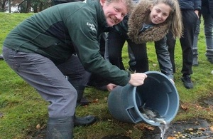 Image shows Phil Rippon from the Environment Agency with Amie James.
