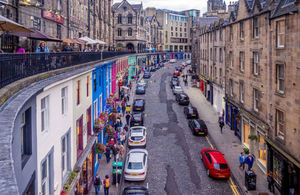 View up Victoria Street towards the Royal Mile