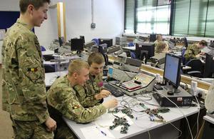 Army apprenticeships in the spotlight - News stories - GOV.UK