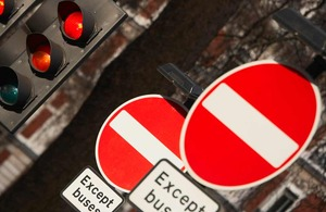 Double traffic sign