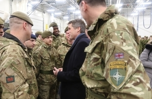 Defence Secretary meets UK personnel in Tapa, Estonia. Crown copyright.