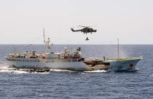 HMS Argyll's Lynx helicopter carries the injured fisherman from the Japanese trawler Wakashio Maru No 82 [Picture: Leading Airman (Photographer) Pepe Hogan, Crown copyright]