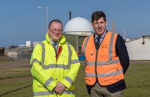 Mark Raffle, NDA Lead Programme Manager, with Lord Duncan at Dounreay