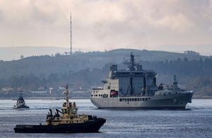 RFA Tidespring on the Clyde arriving at HMNB Clyde