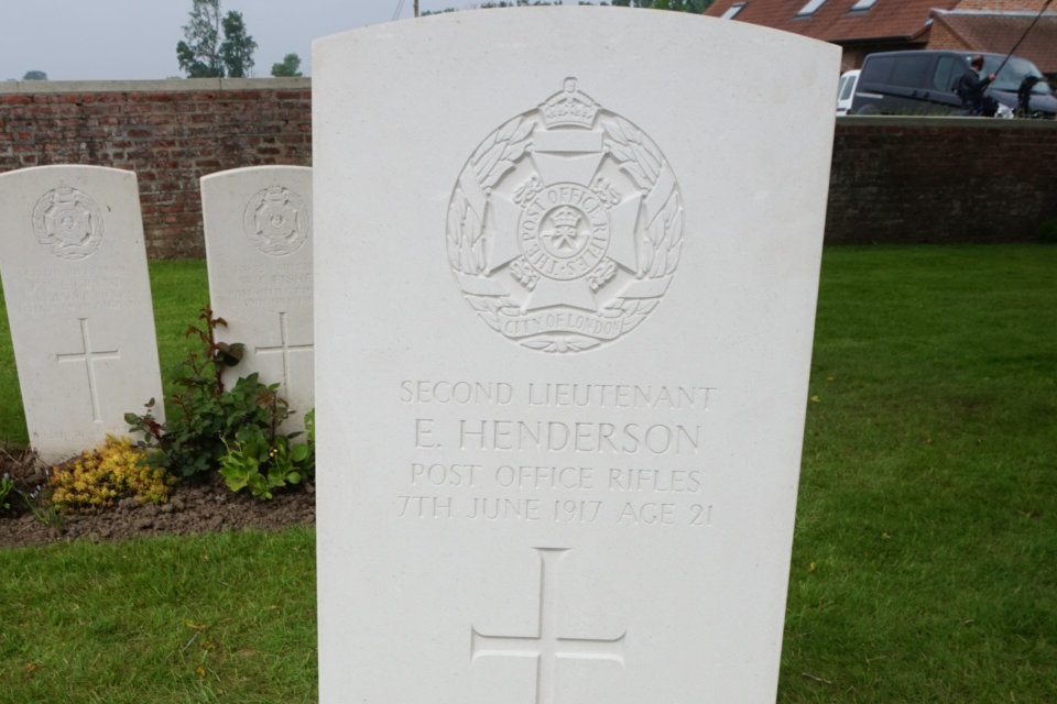 2nd Lt. Henderson's headstone bearing a poignant message (Crown Copyright), all rights reserved